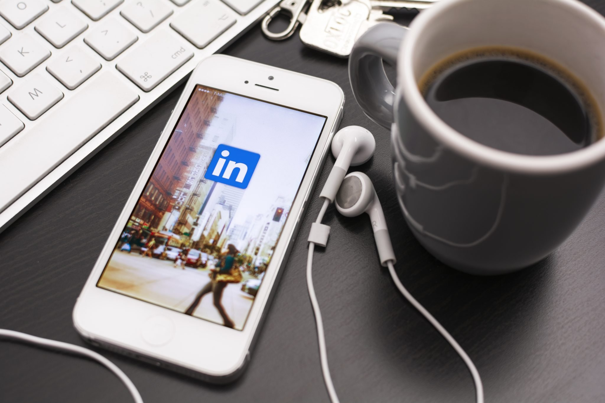 How Channel Partners Can Use LinkedIn Sales Prospecting